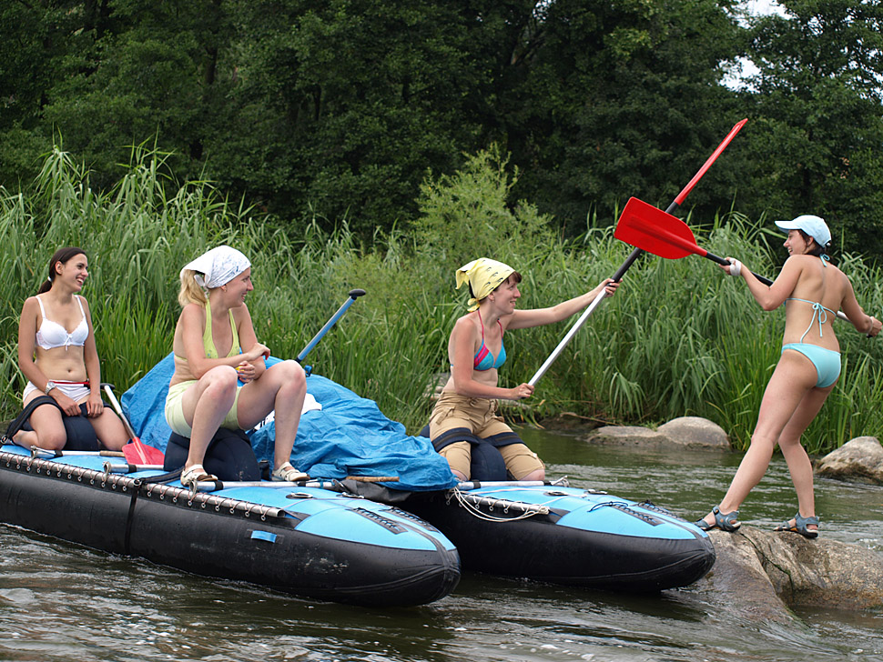 Женские Бои без правил на веслах