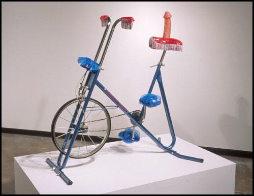 Велосипед для секса с фалосом