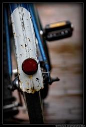 старые велосипеды сзади
