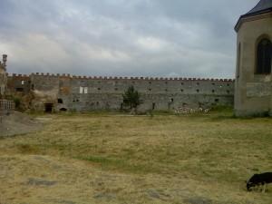Вид внутри замка
