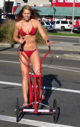 топтун велосипед и секси девушка