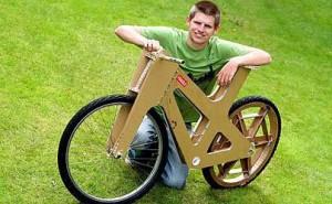 необычный велосипед из картона