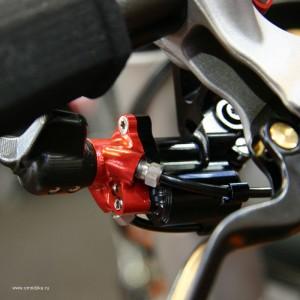 Гидравлическая система переключения велосипеда