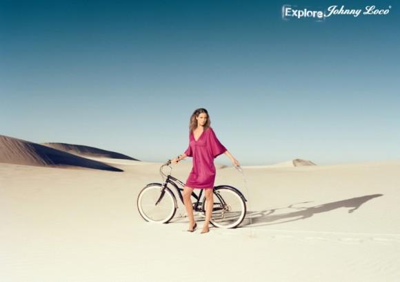 Нидерланды – красивая девушка на велосипеде