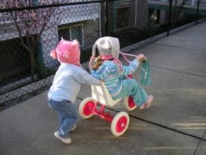 Юныне велосипедисты или дети на велосипедах