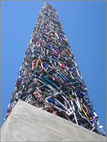 Велосипедный памятник