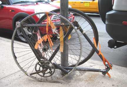 брошенные велосипеды crash bike