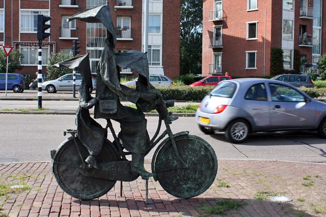 голландский памятник велосипеду