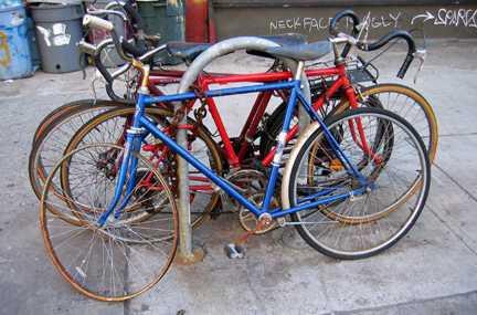 брошенные велосипеды trash bike