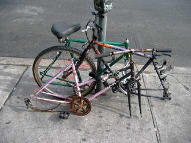 Брошенные велосипеды