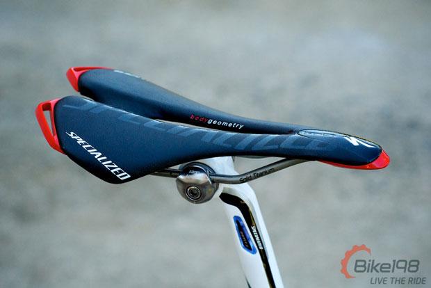 Велосипедное седло от Specialized Toupe Team Road Bike Saddle