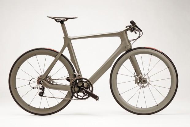 Велосипед Cannondale Stealth вид сбоку