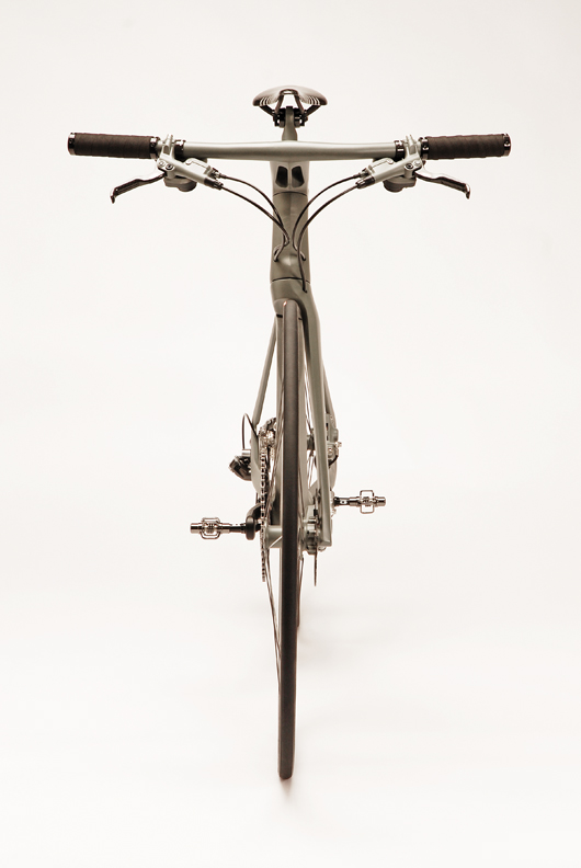 Велосипед Cannondale Stealth вид спереди