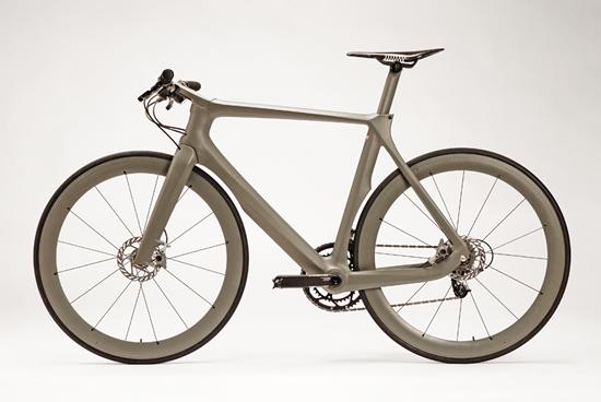 Велосипед Cannondale Stealth вид слева