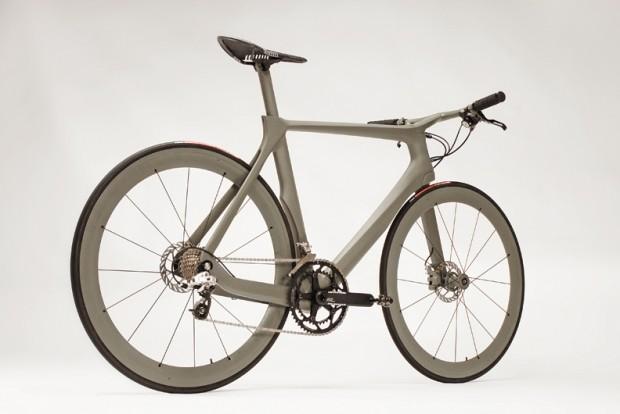 Велосипед Cannondale Stealth вид справа сзади