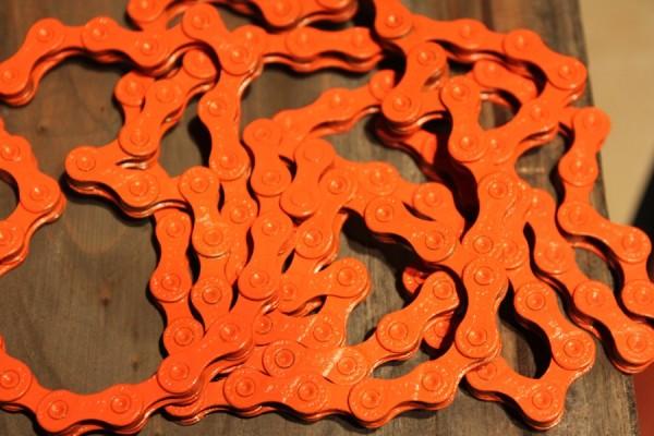 Цветная велосипедная цепь Taya Chains