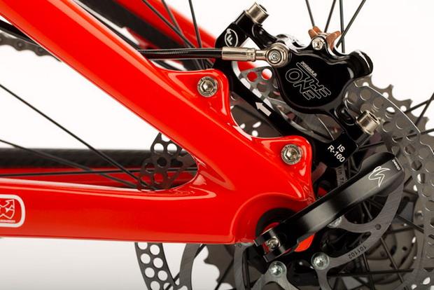 Bike Santa Cruz Blur TR вид сзади