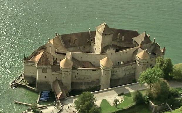 Велосипедный Туризм в Швейцарии — Chateau de Chillon