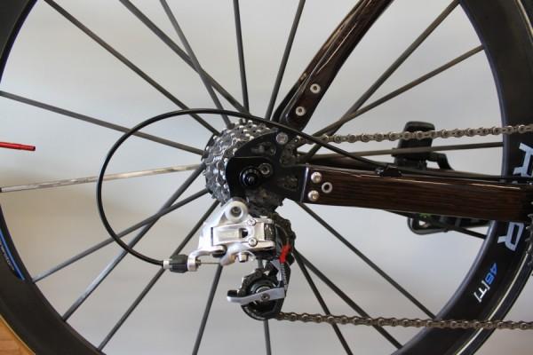 Деревянные велосипеды Renovo вид сзади