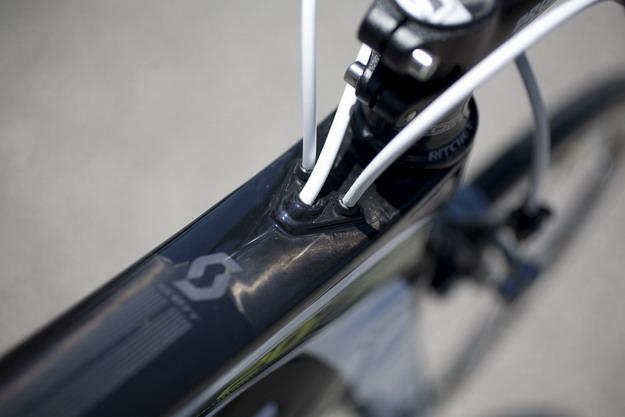 велосипеда SCOTT Plasma Premium проводка тросов