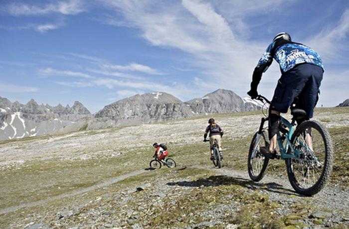 Велосипедный туризм в Швейцарии — горы