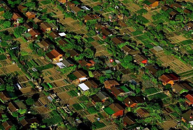 Швейцария. Дачный поселок в окрестностях Женевы
