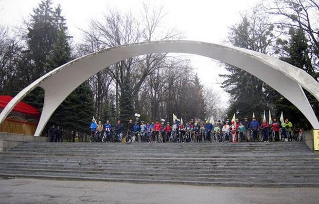 Винница велопробег здоровья — построение