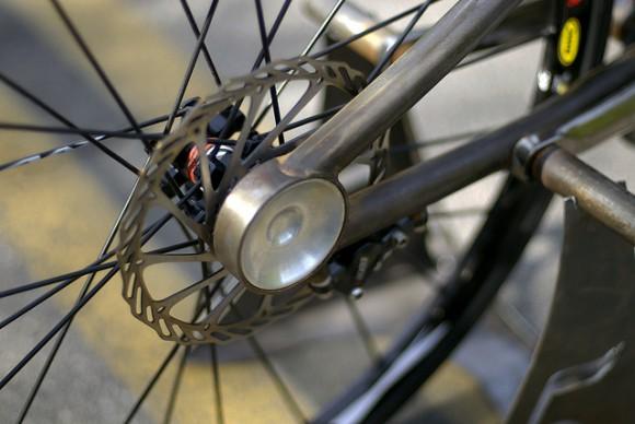 Скоростной велосипед Gravity 120 км/час