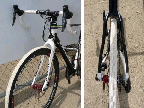 шоссейный велосипед с дисковыми тормозами