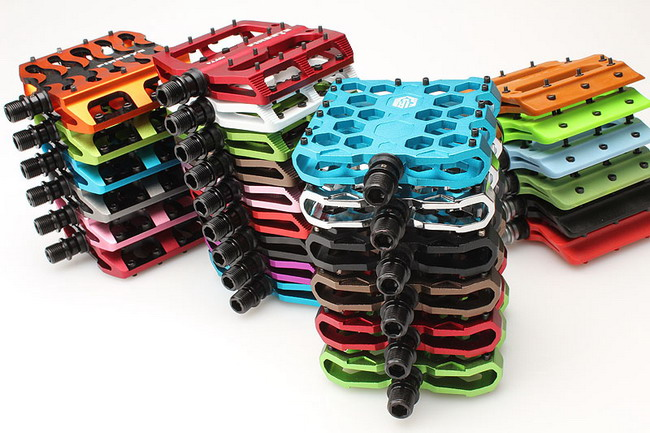 Цветные велосипедные педали color pedals FireEye 2011
