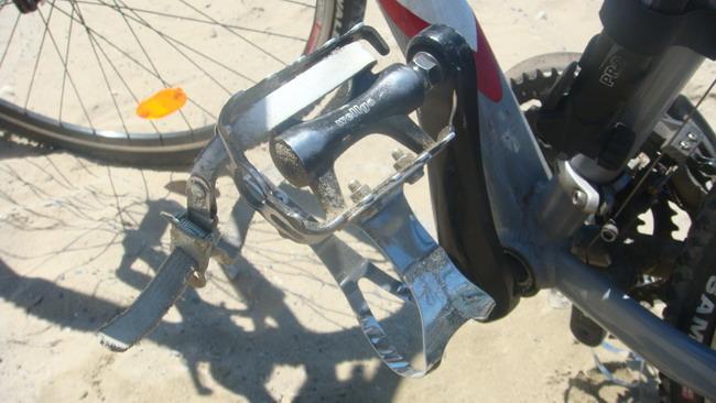 Велосипед Bergamont Fluxus 2010 педали
