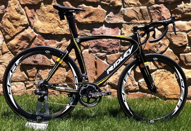 велосипед Ridley's New Aero Noah FB со встроенными тормозами