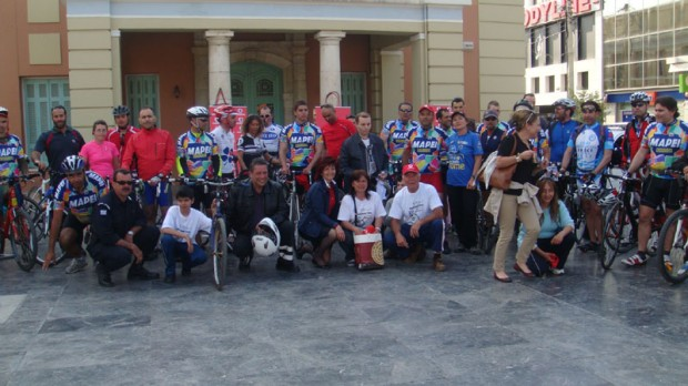 Наши футболки на велосипедных турах по острову Крит, Греция