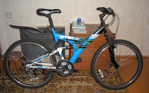 Stels Focus FS 18 2009