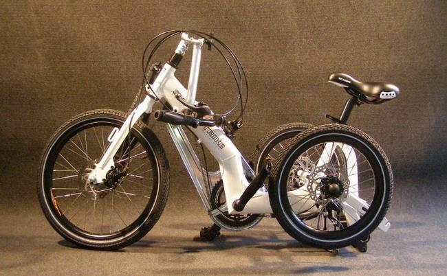 Трехколесный велосипед Swingtrike складной