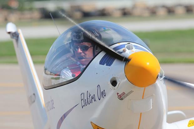 Электрический самолет