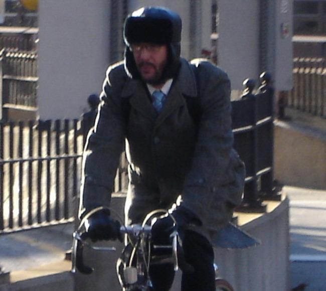 альтернатива велосипедному шлему