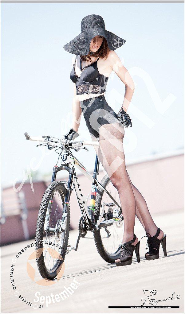 Велосипедный календарь Cyclepassion  2012 October  September