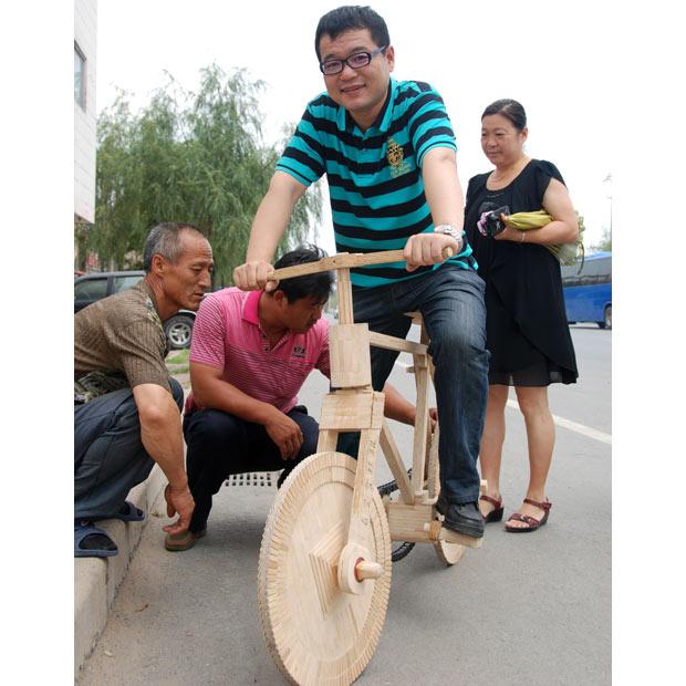 Велосипед из палочек для мороженого