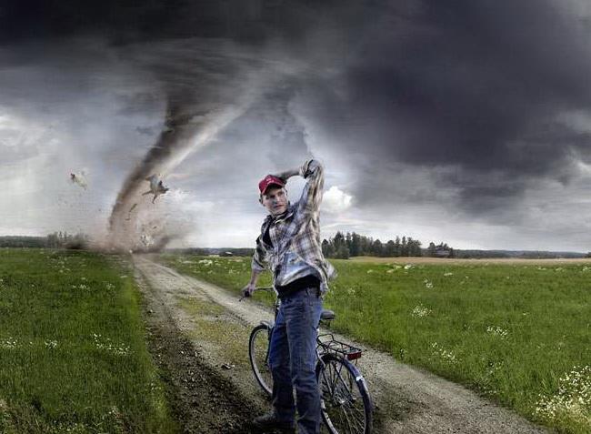 Велосипед, кросс кантри, буря и поле