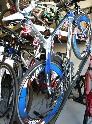 велосипед карбоновый шоссейник ФУДЖИ