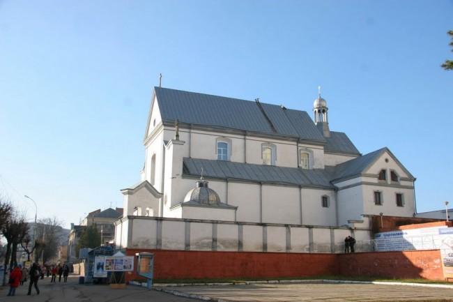 Винница, католическая церковь, внутри очень красивая