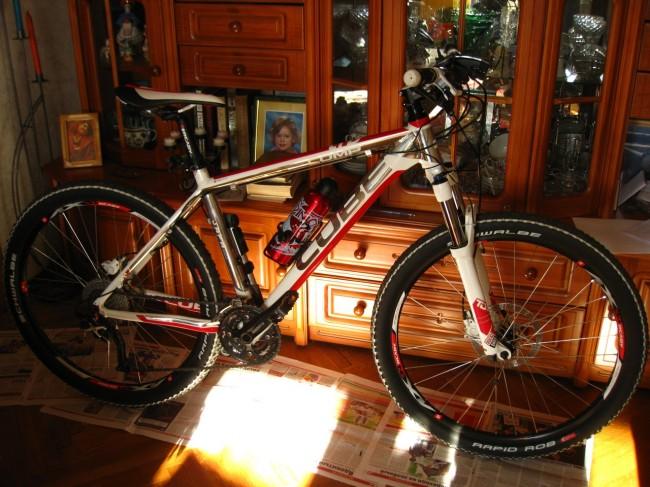 велосипед Cube ltd  вид сбоку