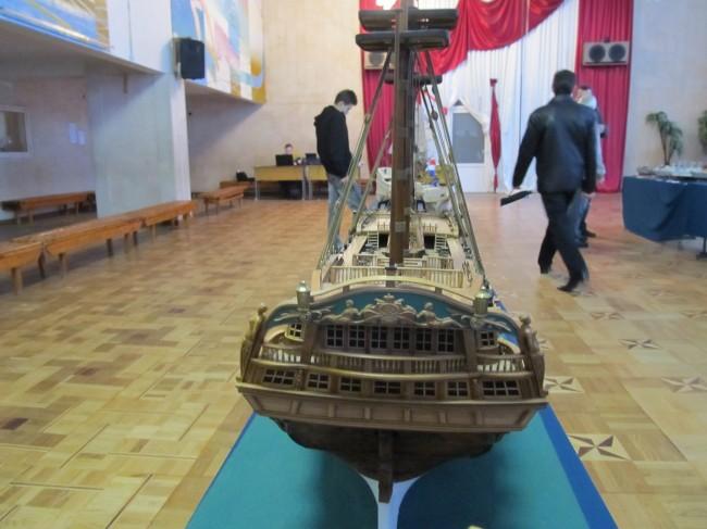 Модель корабля Святой Евстафий вид на корму