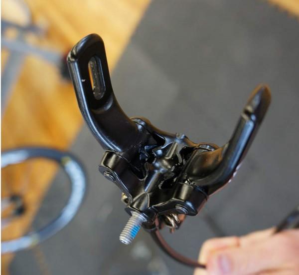 3 Гидравлическая тормозная система для дорожного велосипеда