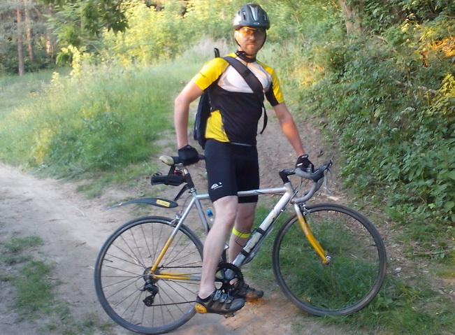 Велосипедист Серж Пирамист