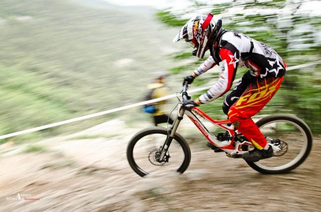 скоростной спуск с горы. Чемпионат Украина