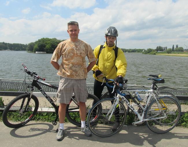 Андрій и СергІй велосипедисти
