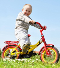 Kids with bike 3 age