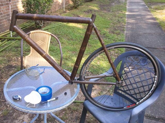 Заднее колесо бамбукового велосипеда
